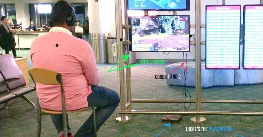Gamer s PS4 konzolom u torbi nije mogao odoliti aerodromskom monitoru