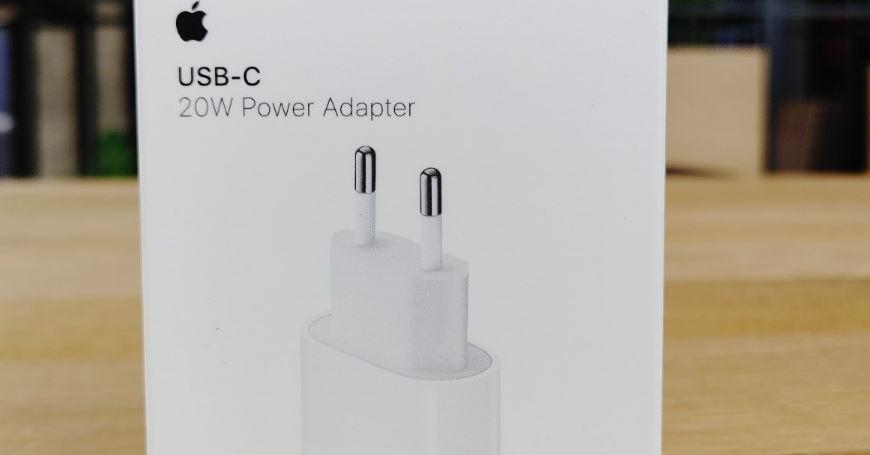 Uporedni test originala i kopije Apple 20 W adaptera sve objašnjava